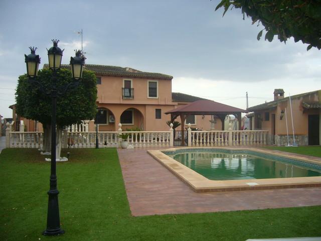 Ref:NP-50456 Finca For Sale in Callosa de Segura