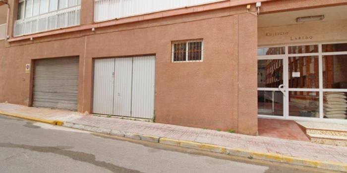 Local Comercial - second hand hus - La Mata  - Centrum